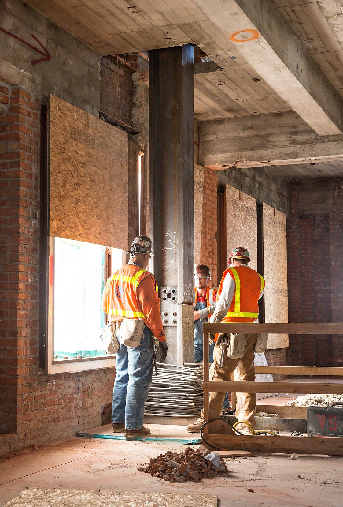 140 New Montgomery Steel Super Column