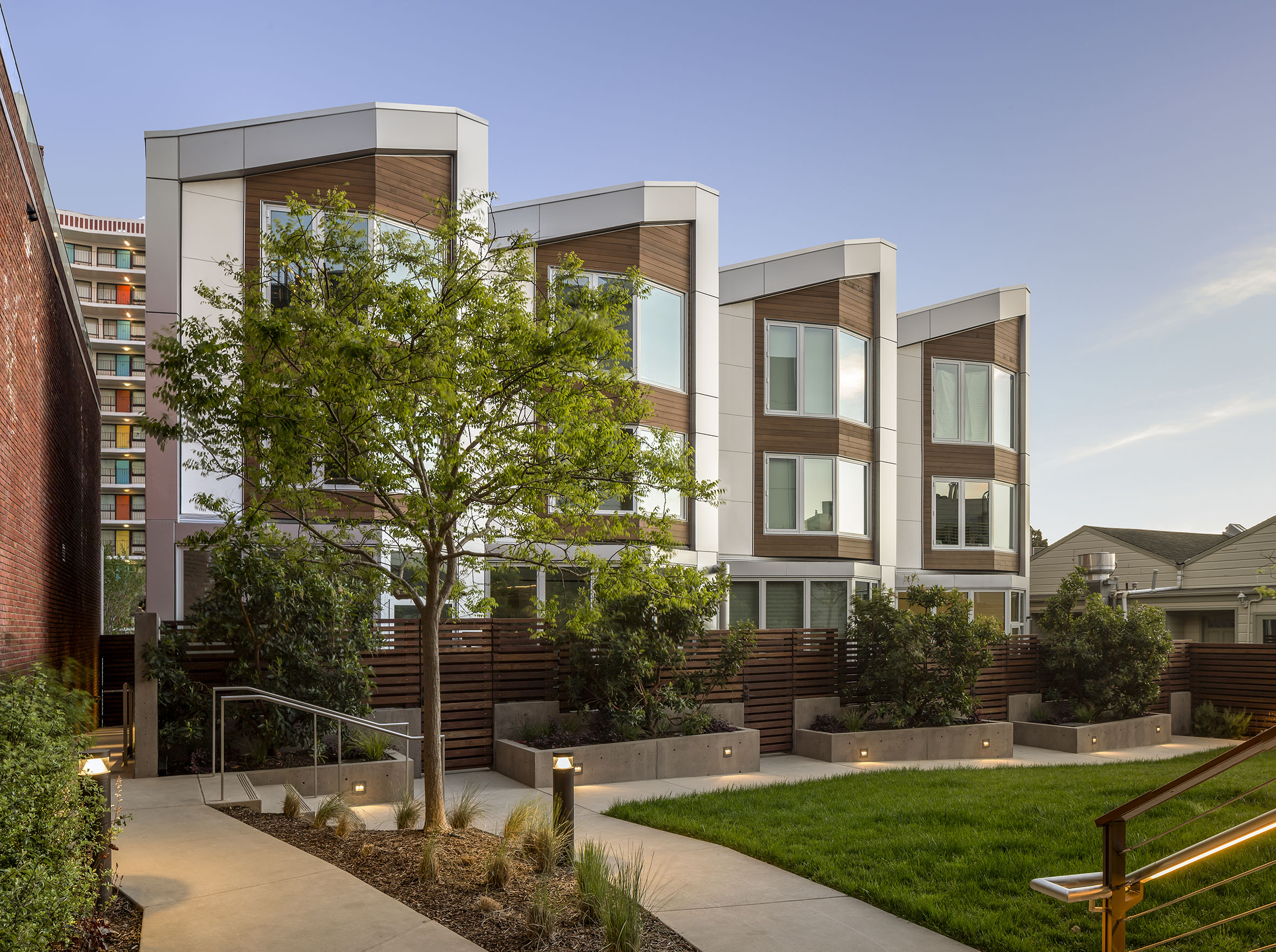 The Pacific Townhomes - Holmes Structures